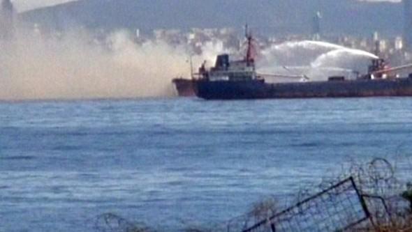Yenikapı'da gemi yangını!