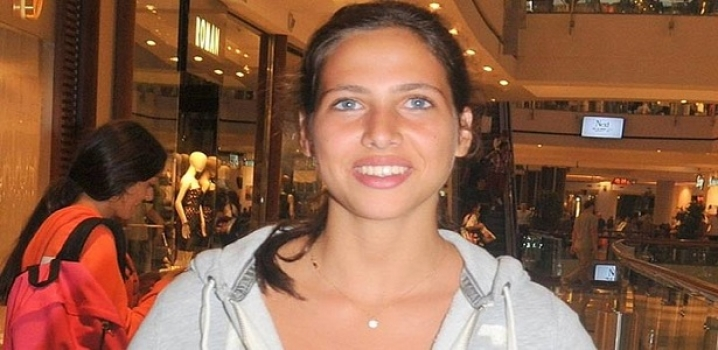 Zehra'ya 4.5 Yıl Hapis...