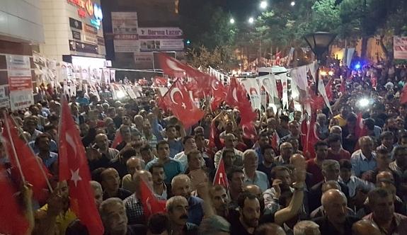 Yeni kalkışma iddiası halkı sokaklara döktü!