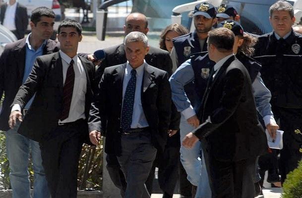 28 Şubat'tan da tutuklandı