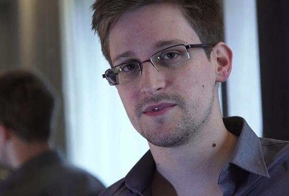 ABD yönetimi Snowden'ı casuslukla suçladı