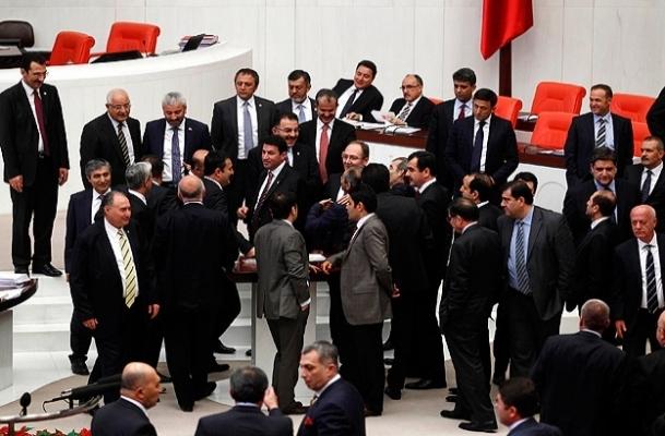 AKParti'nin ''çözüm süreci'' önerisi kabul edildi