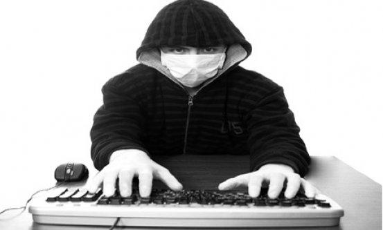 Bilgisayar klavyenizi düzenli olarak temizleyin