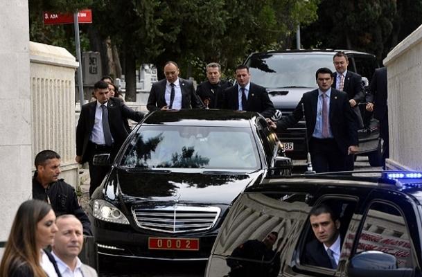 Erdoğan'dan kabir ziyareti