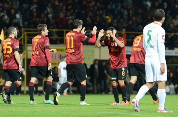 Galatasaray Alanyaspor'a fark attı