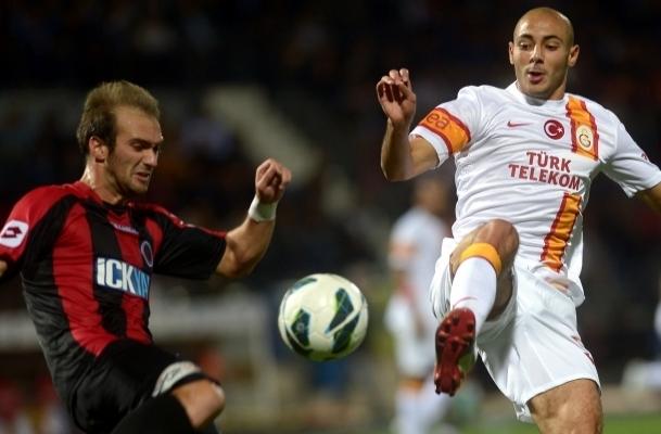 Galatasaray deplasmanda berabere
