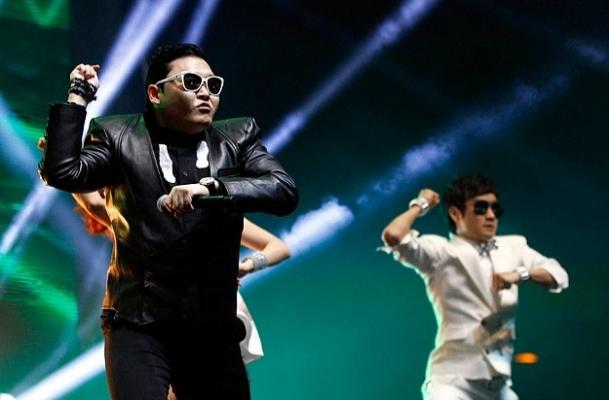 Güney Kore'de PSY'nin klibine yasak