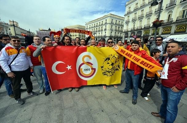 Madrid'de sarı kırmızı coşku
