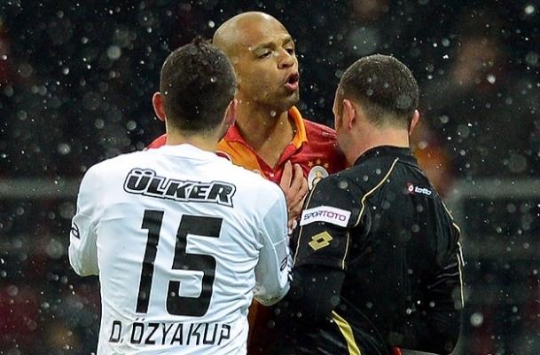 Melo'nun 4 maçlık cezası onandı