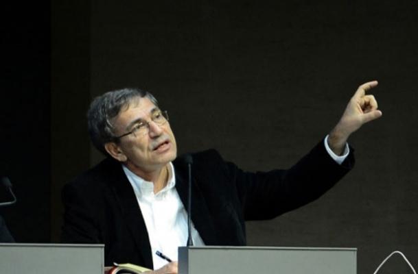 Orhan Pamuk son kitabını tanıttı
