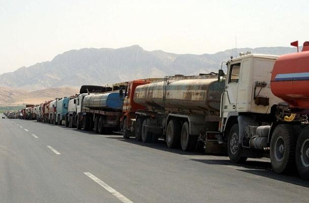 Tankerle petrol ticareti tekrar başladı