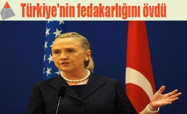 Türkiye'nin fedakarlığını övdü