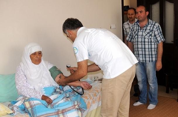 Yaralılarda evde sağlık hizmeti veriliyor