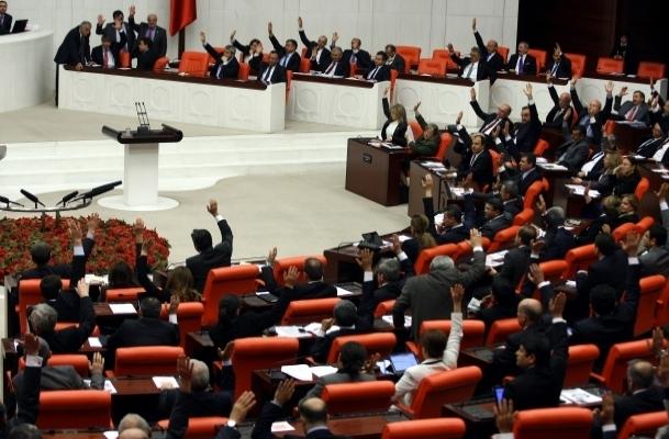 Yeni anayasaya ''kamu idaresi'' önerileri