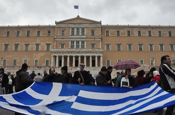 Yunanistan'da yarın hayat duracak