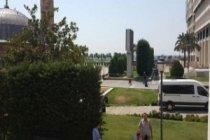 Konak Meydanı'nda bomba alarmı!