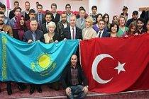 Mağcan Cumabayev ARÜ'de Konuşuldu