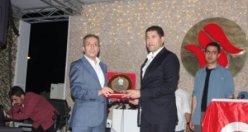 Mehdi Eker Ağrılılar derneği iftar davetine katıldı