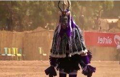 Geleneksel Fildişi Sahili Zaouli Dansı