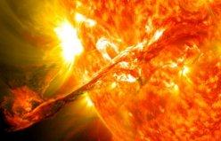 Muhteşem Güneş Patlaması Görüntüleri