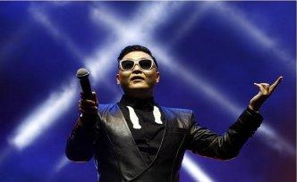 PSY 'Gentleman' ile rekor kırıyor