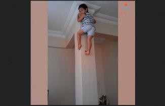 Örümcek Gibi Düz Duvara Tırmanan Çocuk...
