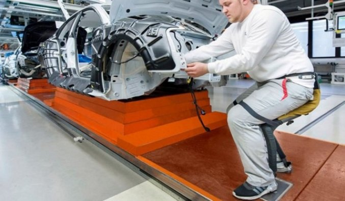 Robot sandalye ayakta çalışanlara konforu yaşanacak