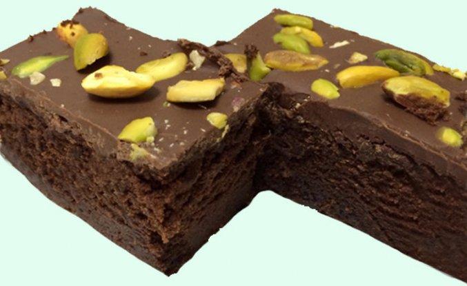 Çikolatalı Browni Tadında Kek Tarifi