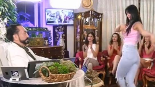 RTÜK'ten Dansöz Oynatan Adnan Oktar'ın Kanalına Ceza Yağdı!