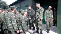 Yunan askerlerin kin dolu Türkiye marşı!